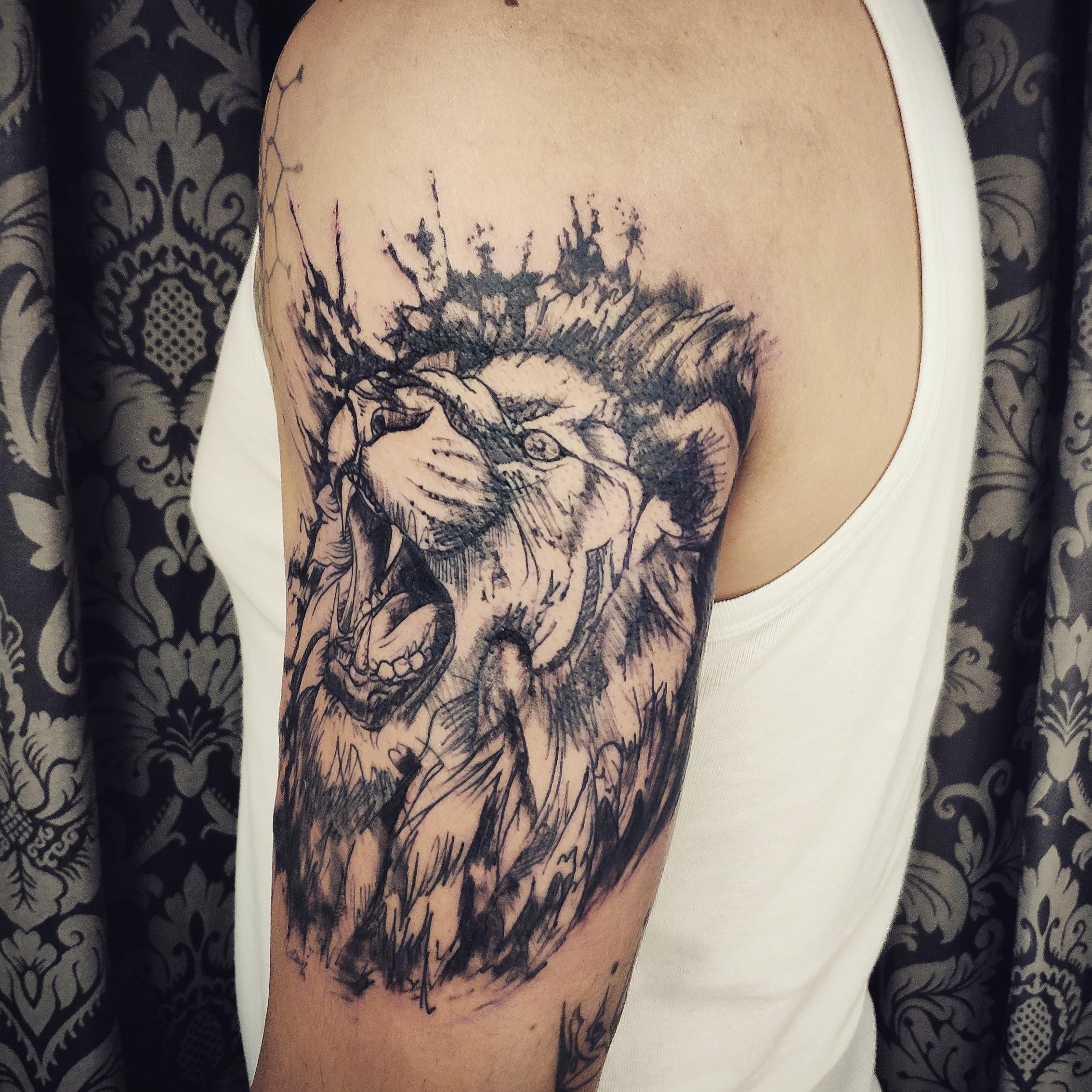 geometria, tatuajegeometrico, madridtattoo, tattooshopmadrid, geometrictattoo, lineamuyfina, tatuajelineafina, finelinetattoo, fineline, hiperfineline, mejorestatuajesmadrid, lineafinamadrid, puntillismomadrid, sketchtattoo